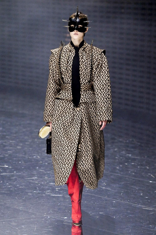 191e50e5d35fe5 Sfilate di Moda - Gucci - Donna Autunno Inverno 2019-20 - IoDonna