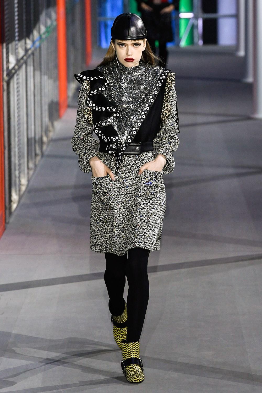 83c9aee7fd7b Sfilate di Moda - Louis-Vuitton - Donna Autunno Inverno 2019-20 ...