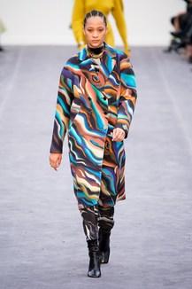 buy online 13435 e9a99 Sfilate di Moda - Roberto-Cavalli - Donna Autunno Inverno ...