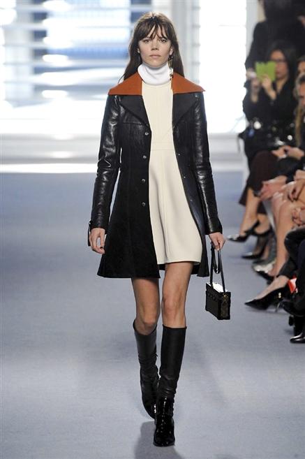 f015975b8014 Sfilate di Moda - Louis-Vuitton - Donna Autunno Inverno 2014-15 ...