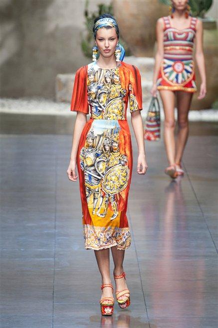 c3d2cfddeb Sfilate di Moda - Dolce-e-Gabbana - Donna Primavera Estate 2013 ...