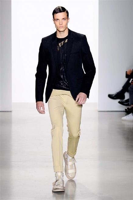 576999a85f89 Sfilate di Moda - Calvin-Klein-Collection - Uomo Primavera Estate ...