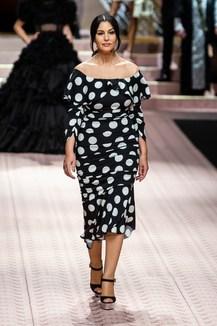 Sfilate di Moda - Dolce-e-Gabbana - Donna Autunno Inverno 2016-17 ... f0ccec8bd6a