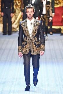 Sfilate di Moda - Dolce-e-Gabbana - Donna Autunno Inverno 2014-15 ... e6da7788bb3