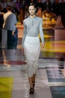innovative design 9eb52 f4b6a Sfilate di Moda - Prada - Donna Primavera Estate 2014 - IoDonna