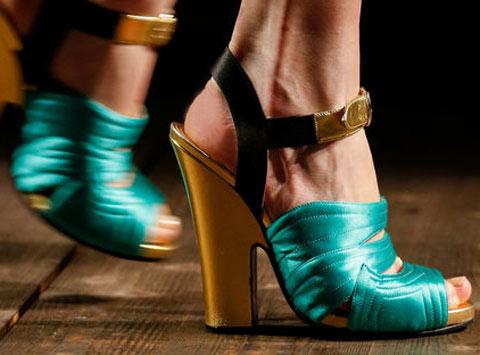 Sandali, le scarpe d'autunno